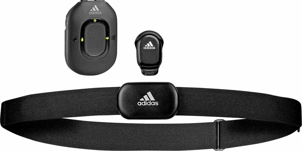 KNOCK-OUT PÅ NIKE: Nike var smarte nok til å ta en telefon til Apple når de hadde Nike plus på tegnebordet, og sammen med iPod skapte de en ny joggebølge. Men nå er Adidas ute med et treningssystem som slår Nike langt ned i joggeskoene. Systemet består av pulsmåler, skritteller, en ¿kommandoenhet¿ og meget bra programvare.