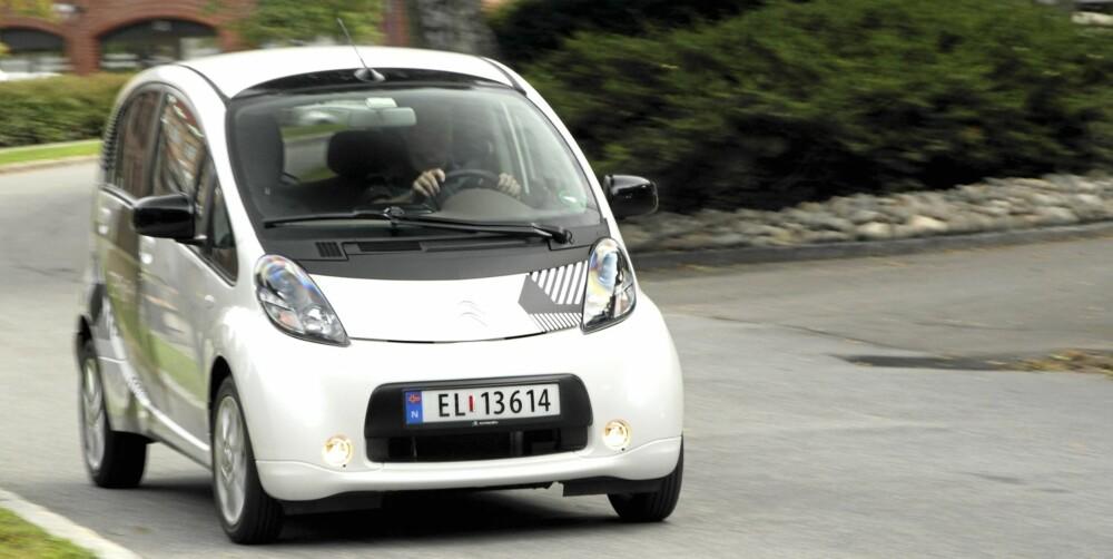 SNÅL: Som elbiler flest ser ikke C-Zero ut som en vanlig småbil. Uten at den gjør seg bort av den grunn.