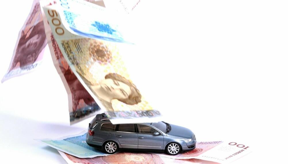 DYRERE: Det blir stadig dyrere å være bileier i Norge. Foto: Egil Nordlien HM Foto