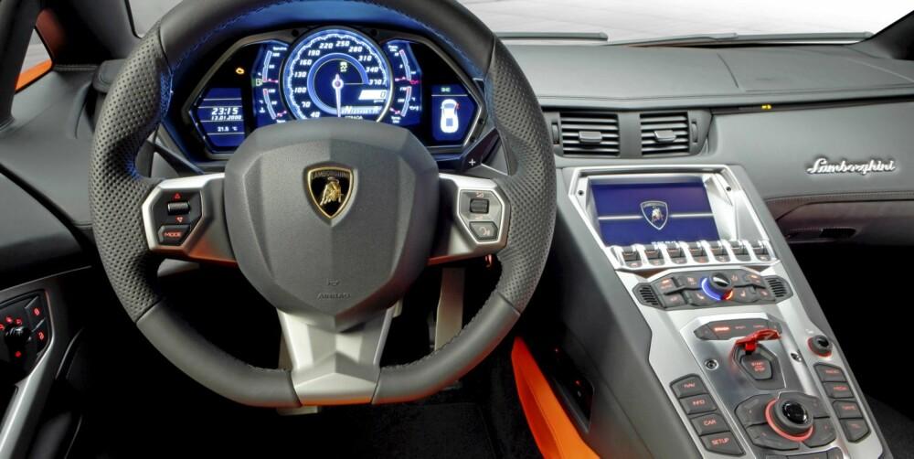 AUDI-DELER: Ettersom Lamborghini eies av Audi er det naturlig at noe av elektronikken kommer fra tyskerne.