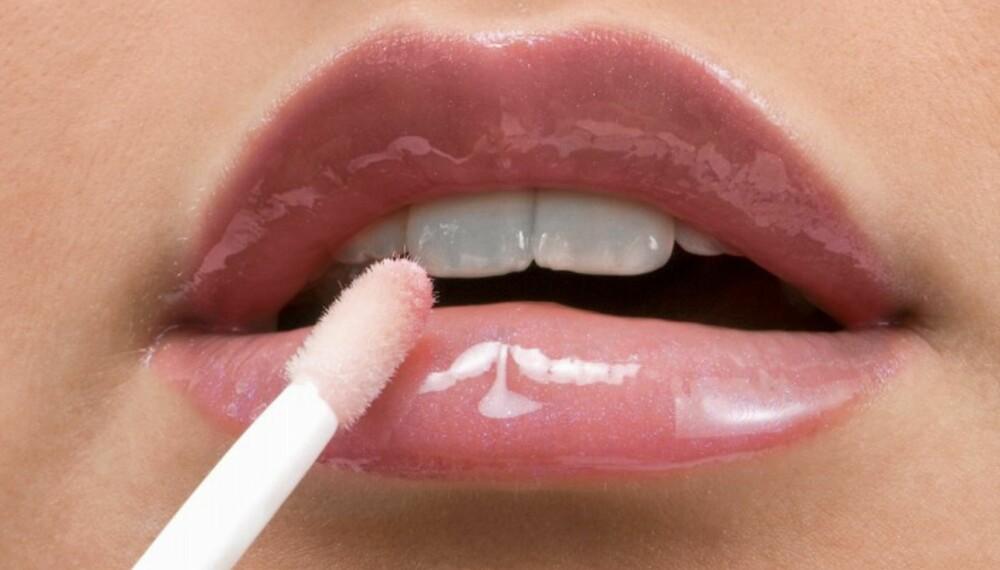 AVHENGIG: Du blir ikke avhengig i ordets rette forstand av verken lipgloss eller leppepomade, men det føles ofte slik!