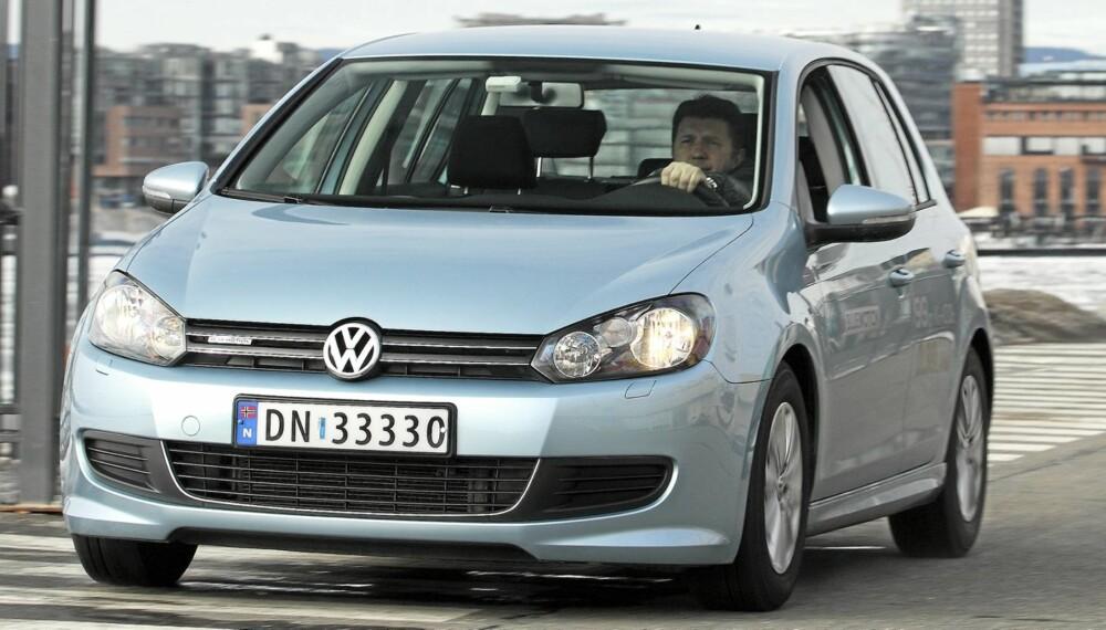 GJENNOMSNITTSBILEN: En VW Golf (med 1,4 TSI 160 hk DSG) til 365 000 kroner, representerer gjennomsnittsbilen i Norge. FOTO: Egil Nordlien, HM Foto