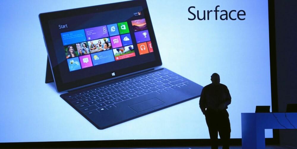 ANGRIPER: Microsofts toppsjef, Steve Ballmer, lanserte Microsoft første nettbrett med Windows 8 i går.