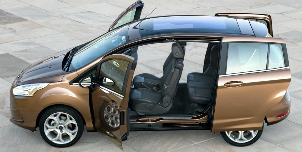FLEXI: Fraværet av midtstolper mellom dørene gjør Ford B-Max til en svært fleksibel bil. Foto: Ford