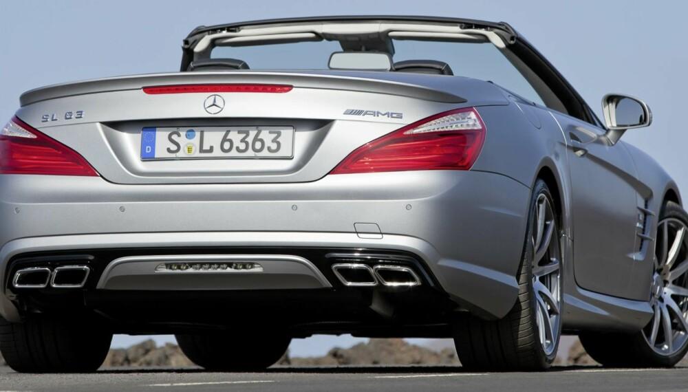 DIN BIL: Ser ønskelista di ser slik ut: Coupé, kabriolet, komfortabel, morsom, luksuriøs, rask - lynrask - så er det lite som matcher en SL63. Foto: Daimler AG