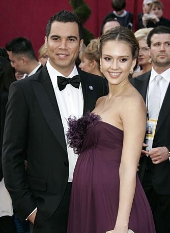 Jessica Alba og forloveden Cash Warren