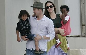 Brad Pitt og Angelina Jolie med barna