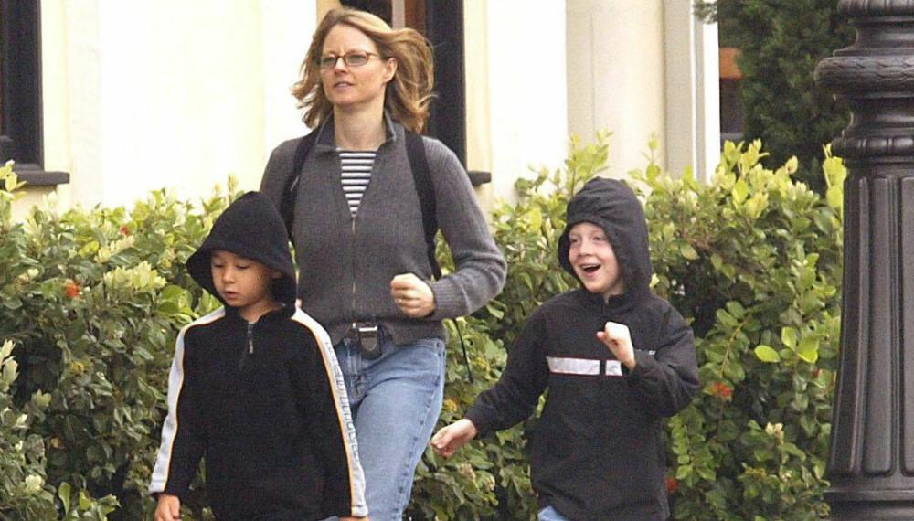Jodie Foster og sønnene Kit og Charles