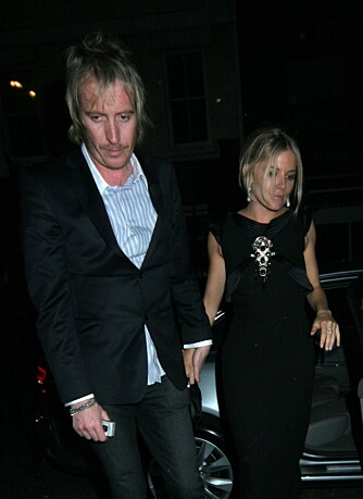 Rhys Ifans og Sienna Miller