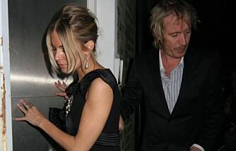 Sienna Miller og Rhys Ifans