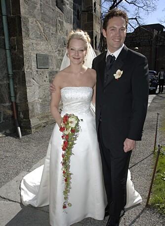 Barbro Fagerbakk og ektemannen Hans Petter Eikesdal på bryllupsdagen
