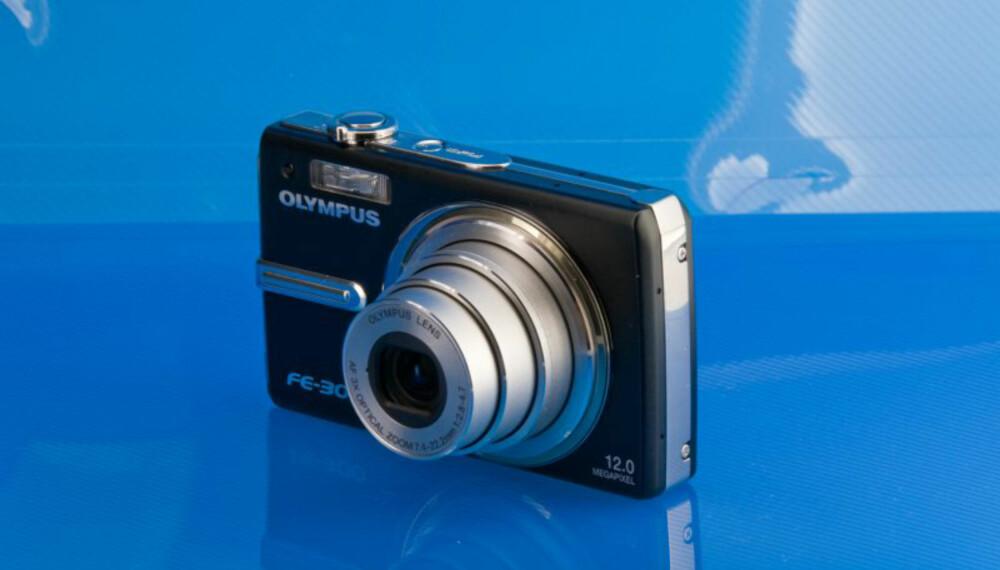 Olympus FE-300 er billig, men kommer litt kort når det gjelder bildekvalitet.