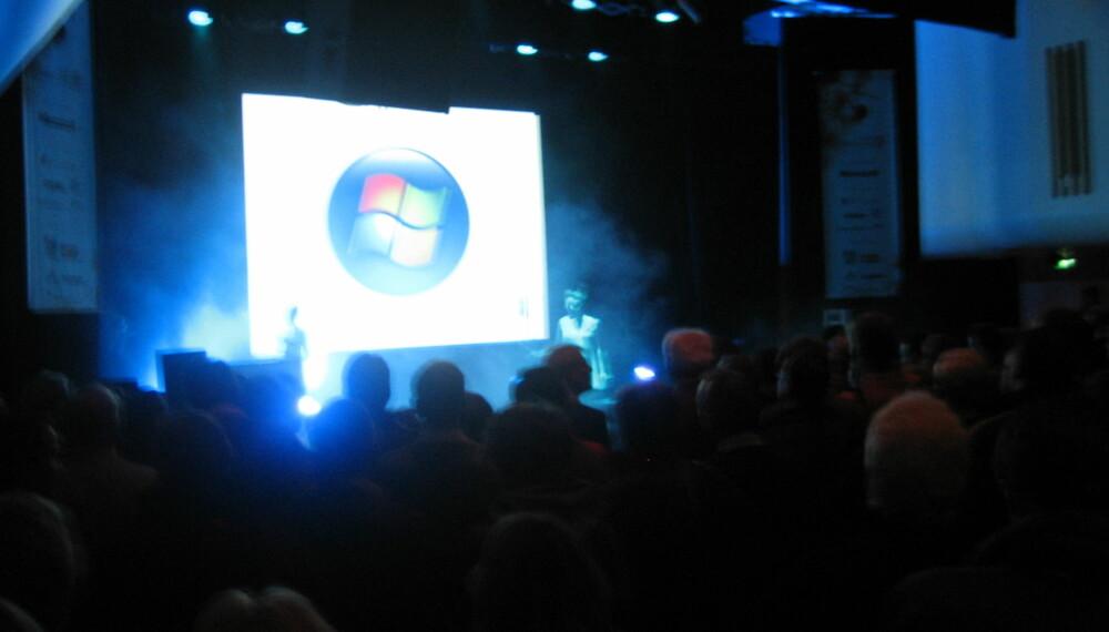 Grieghallen i Bergen var stappfull av forventnignsfulle besøkende på Digital Hverdag som ventet på den norske markeringen av at Windows Vista er lansert.