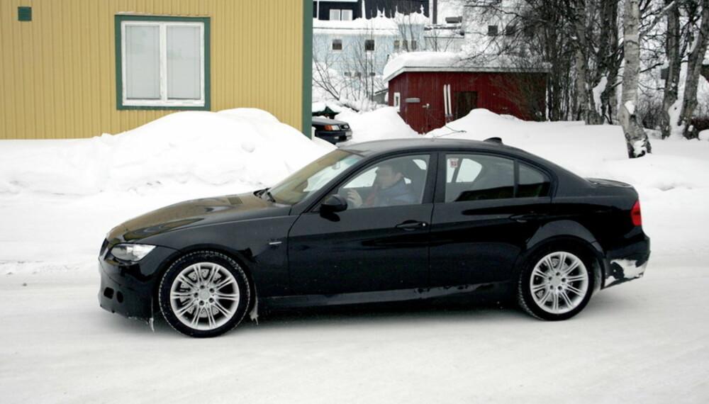 En coupé er upraktisk, selv om det ser veldig bra ut. En sedans mer praktiske karosseri gir alle de rette argumentene for å kjøpe. Foto: Automedia