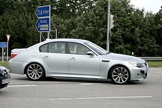 Selv om M5 er en fantastisk kjøremaskin fra før av, regner vi med at BMW benytter anledningen til å finslipe den ytterligere. Foto: Automedia