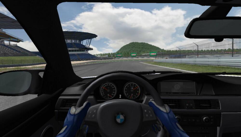 BMW gir deg muligheten til å få mange underholdende timers kjøring med den nye M3 - helt gratis.