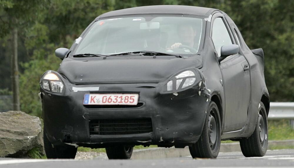Selv om mye av basisen er den samme, skal Ford Ka bli en annerledes bil enn Fiat 500. Foto: Automedia