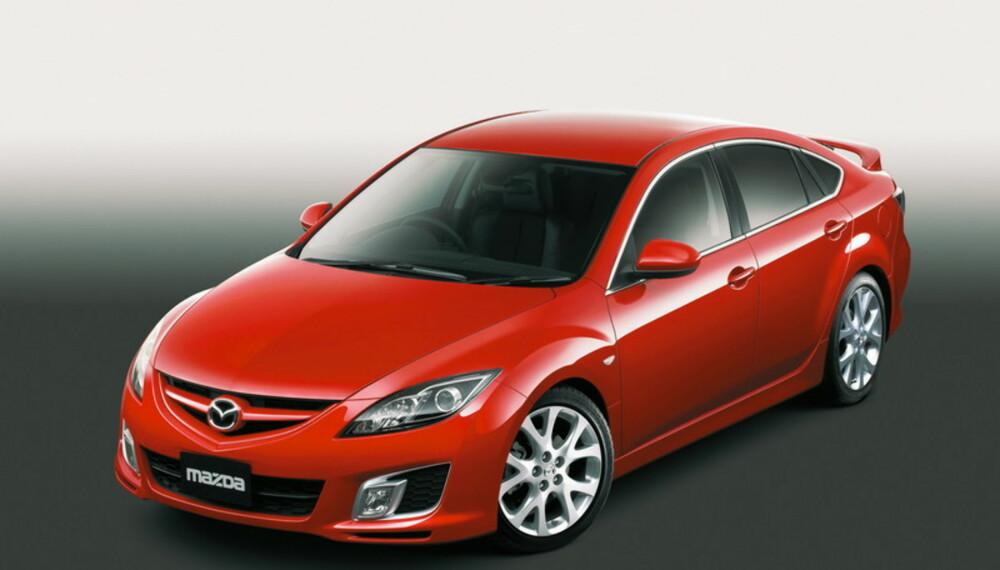 Med åpnere front, dypere sideskjørt, større hjul og lavere bakkeklaring blir den nye Mazda 6 enda tøffere.