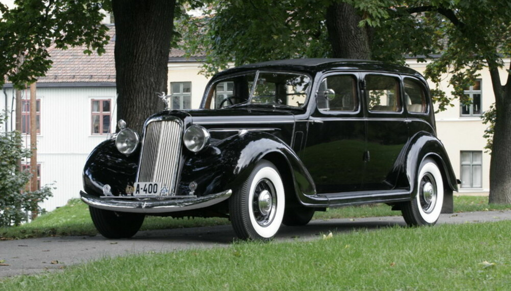 Dronning Mauds vakre ´36 Humber Pullman Limousine er på plass.