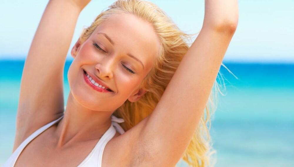 ENKELT: Velg naturlig og vannfast sminke som sitter godt.