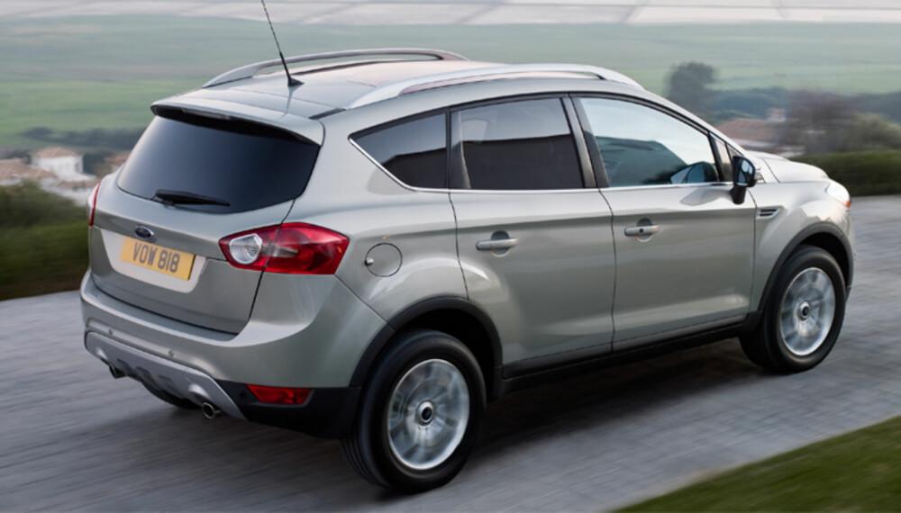 Størrelsesmessig plasserer Kuga seg blant de mindre kompakt-SUV´ene. Den er ikke ulik VW Tiguan i størrelse.