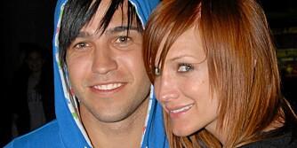 BLÅ VERDEN: Ashlee Simpson og Pete Wentz blir foreldre til en gutt, skal vi tro shoppingrunden deres