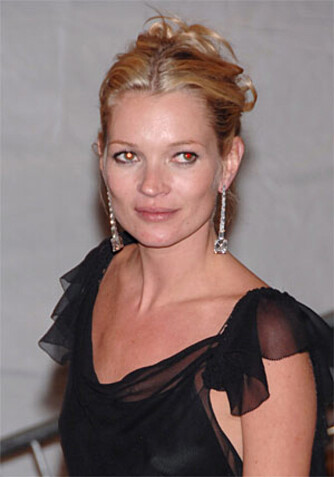 På tross av alle skandalene er Kate Moss den nest rikeste modellen i verden. (Foto: WireImage/All Over)