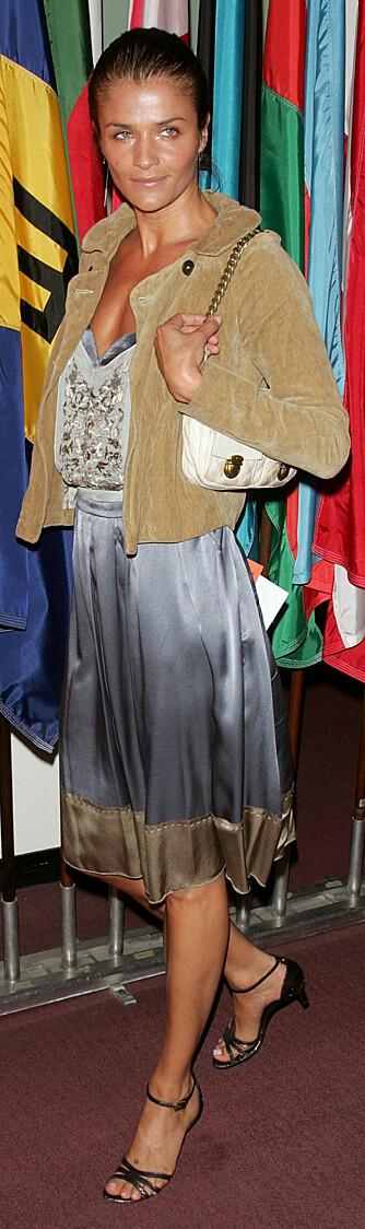 -Jeg foretrekker en original og litt bohemaktig look, sier Helena Christensen.  (Foto: WireImage/All Over Press)