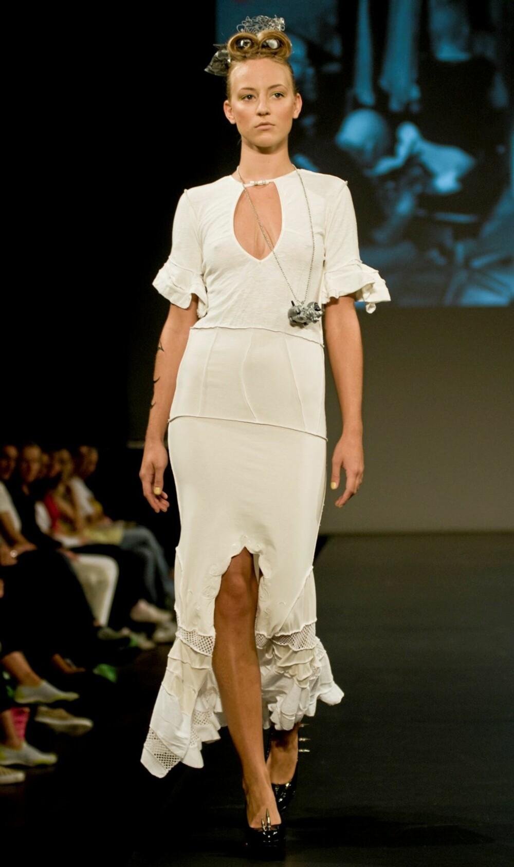 3f80a465 Who Knew!? viser redesign under Oslo Fashion Week.