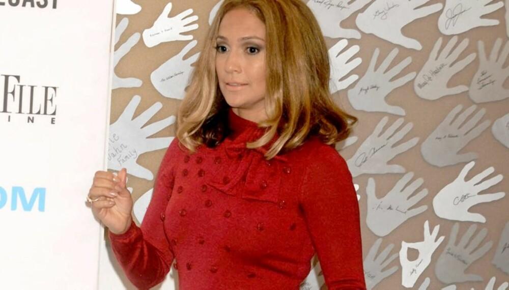 SYLSLANK: Jennifer Lopez passer på figuren. Kan du tro at hun fikk tvillinger for seks måneder siden?