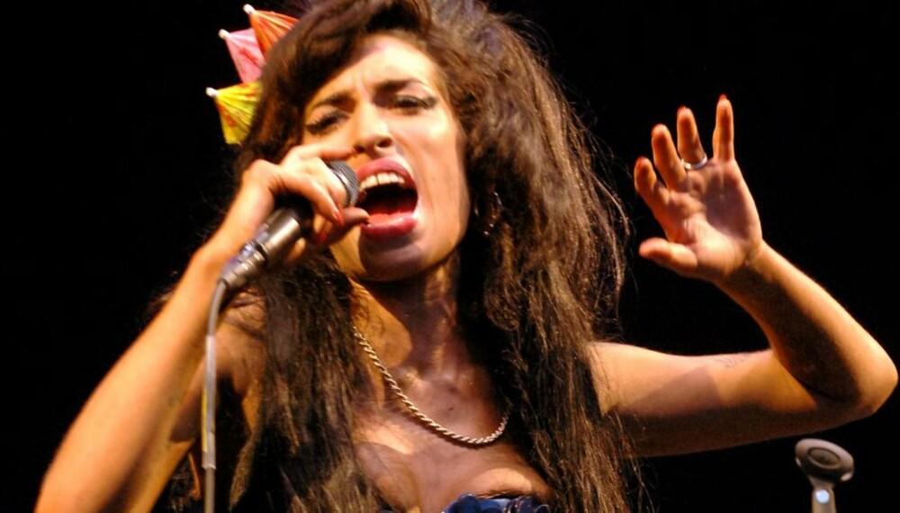 AVLYSTE: Amy Winehouse måtte avlyse i Paris denne helgen. Angivelig på grunn av sykdom.