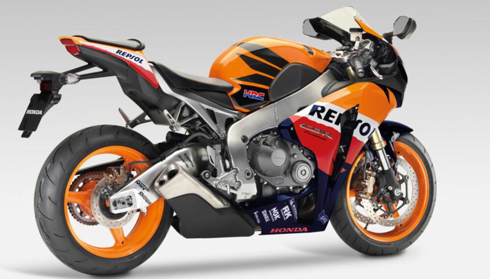 CBR 1000 RR fra Honda - legendariske Fireblade - nå med ABS! Avslørt av de kjente ABS-ringene innenfor bremseskivene.