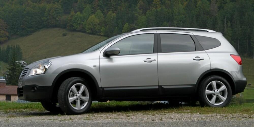 Lengre akselavstand gir bedre innvendig plass, og større bakdører gjør det lettere å gå inn og ut av bilen.