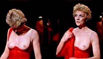 """Julie Andrews viste publikum at """"the hills are alive"""" i filmen SOB (1981). Hun var da 46 år. Så lenge skal det ikke være nødvendig å vente."""