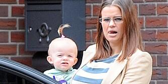 Kerry Katona og minstedatteren Heidi, som hun har sammen med Mark Croft.