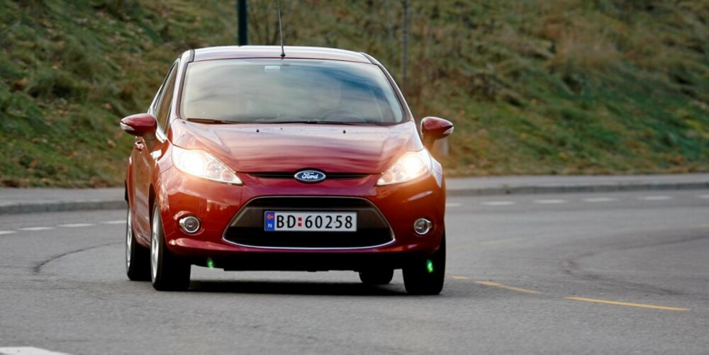 VÅR FAVORITT: Ford Fiesta stikker av med en knepen seier foran Mini i småbilklassen.