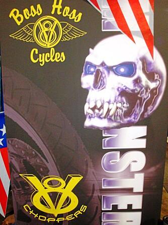 MONSTER: Fra USA, motorsykler med V8 bilmotorer.
