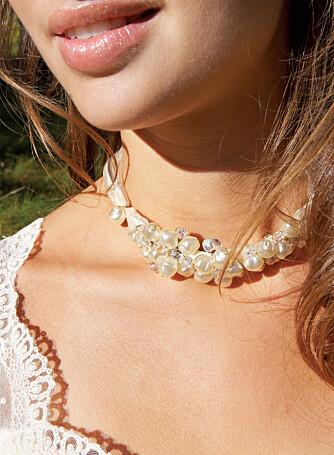 DETALJER: Kjole, hår, smykker og makeup - alle små detaljer som til slutt skal stemme overens med hverandre.