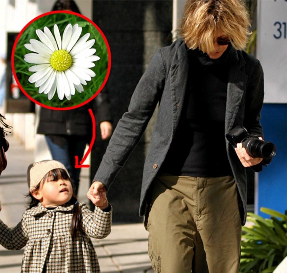 Daisy True - ekte tusenfryd - og mamma Meg Ryan ute på tur.