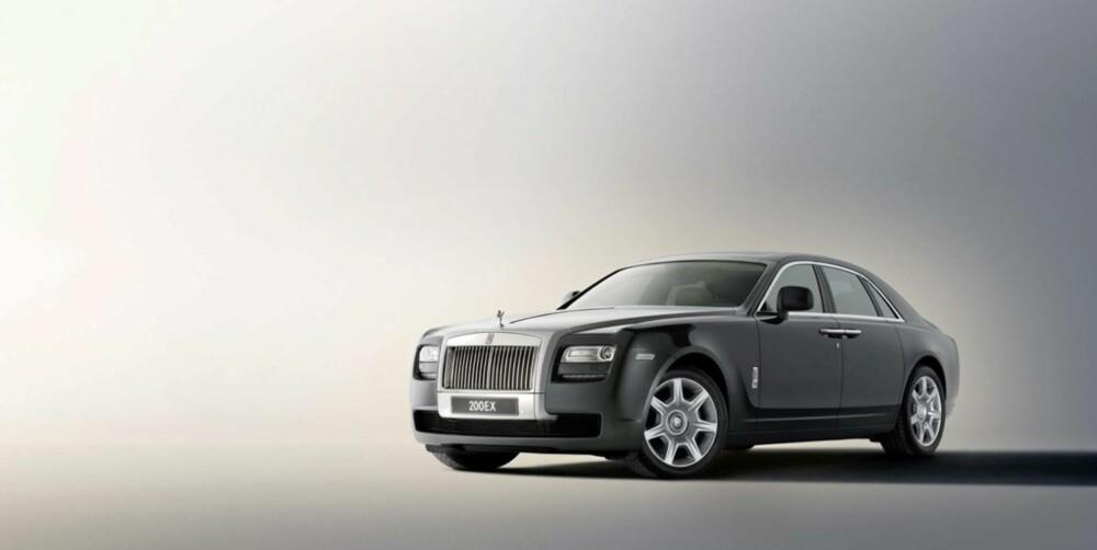 KOSTBAR LILLEBROR: Rolls Royce 200EX er mindre enn Phantom, men med sine 5,4 meter er heller ikke dette noen småbil.
