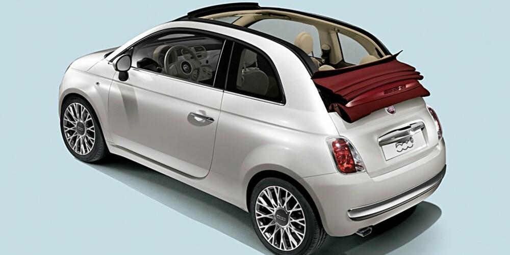FIAT 500 KABRIOLET: Sist Fiat lanserte en toppløs versjon av 500 var i 1957, og de hevder at de er tro mot forgjengeren i denne nye bilen.