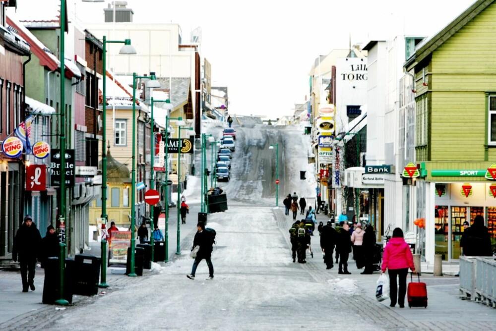 PUBGATA: De fleste utestedene i Tromsø finner du i Storgata.