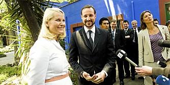 SKJEGGET BLIR: - Han har ikke fått dispensasjon av meg til å ta skjegget, sa Mette-Marit til den frammøtte pressen i går.