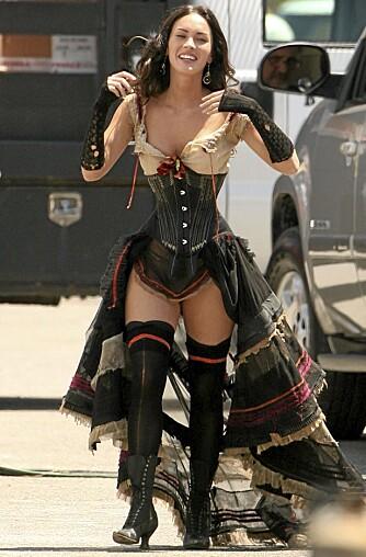 SEXY: Megan Fox topper mest sexy-kåringer verden over. Her måler hun 45 cm rundt livet.