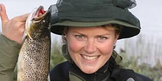 VIL HA MED JENTENE: Norges Jeger- og Fiskerforbund sater på videre opptur for jenter på fisketur. Til glede for både jentene og gutta på tur?