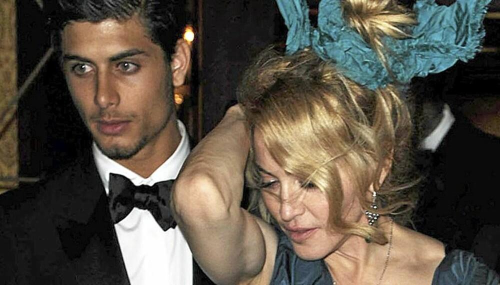 Madonna og Jesus Luz var sammen på Marc Jabos' motegalla forrige helg. Nå skal de inngå kabbalistisk partnerskap.