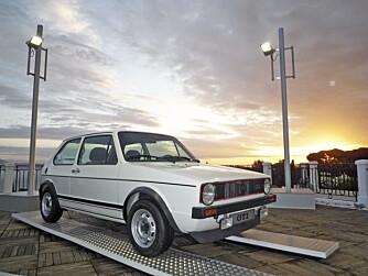 Første generasjon Golf GTI kom i 1975, og skapte et nytt segment med muskelsterke kombikupéer.