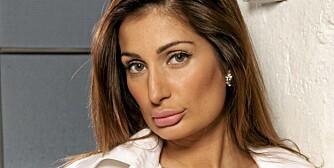 MISBRUKT: Negar Khan er opprørt over at en person har lagd en ekkel Twitter-profil i hennes navn.
