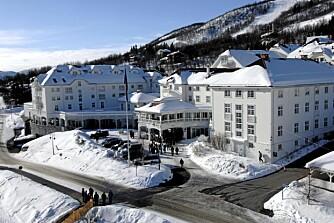 HOTELL I SÆRKLASSE: Siden 1926 har det spøkt i gangene på Dr. Holms Hotel. Det hevdes at det er «Den grå damen» som gjør uforklarlige ting.