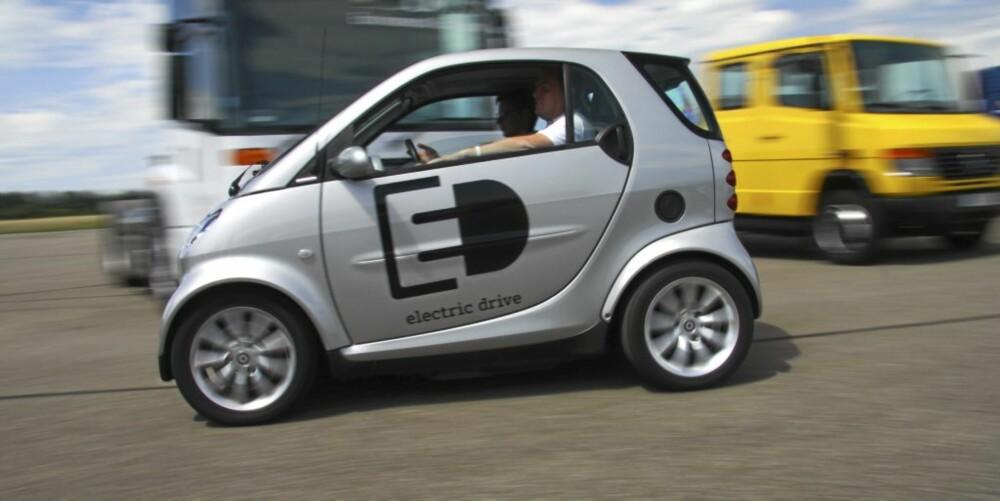 KORT, GODT: Enten Smart drives av diesel eller strøm - den største fordelen er fortsatt at den er enkel å parkere.